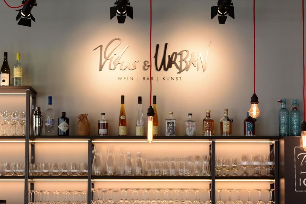 Vitus & Urban - Vino, Bar, Arte